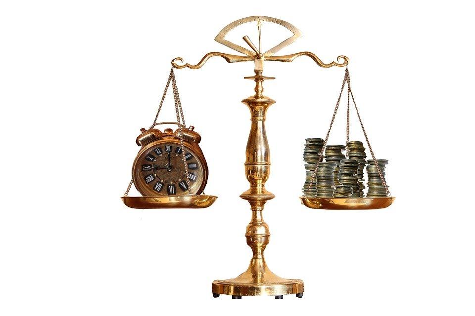 時間とお金の天秤
